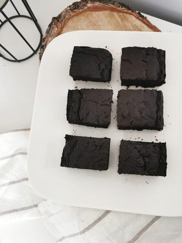 Brownie z cukinii o smaku czekoladowym