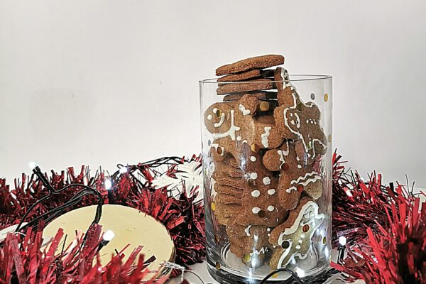 Świąteczne pierniczki z mąki orkiszowej