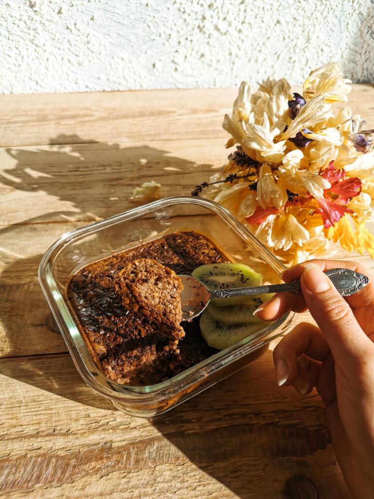 czekoladowa pieczona owsianka do lunch boxa