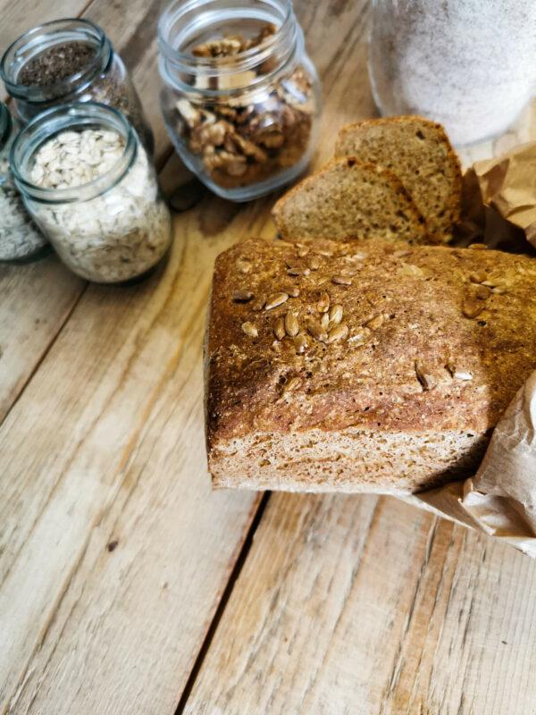 Pyszny chleb razowy z niskim IG