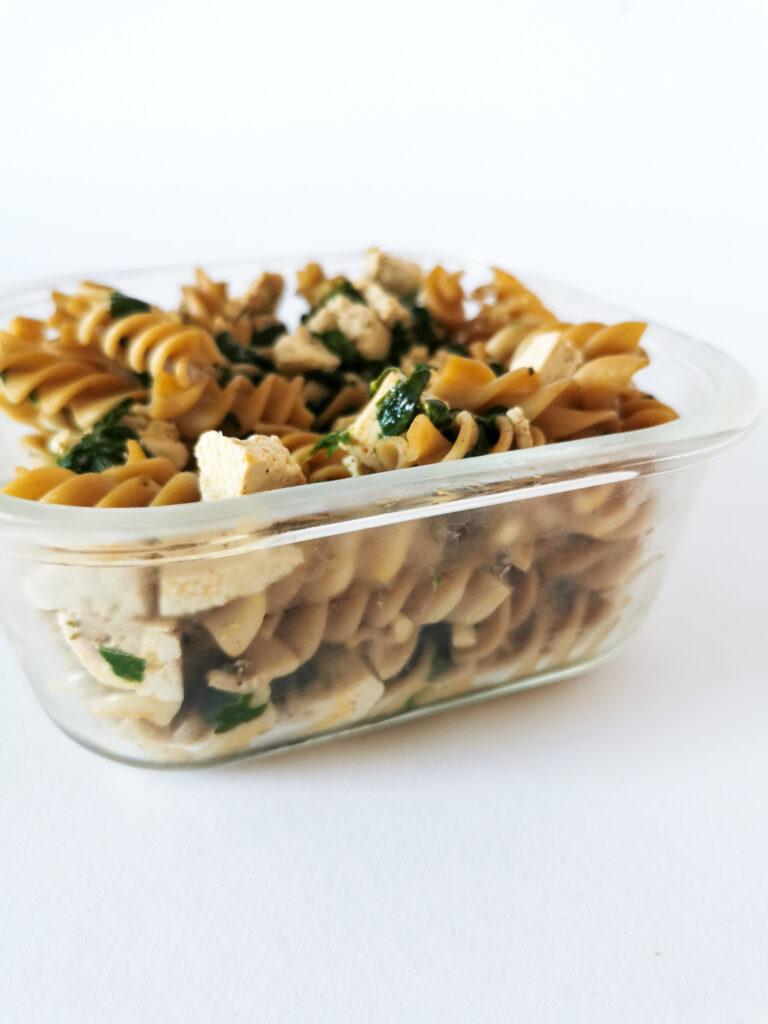 makaron ze szpinakiem i tofu niski ing indeks glikemiczny
